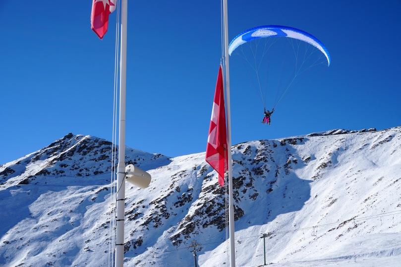para-skier