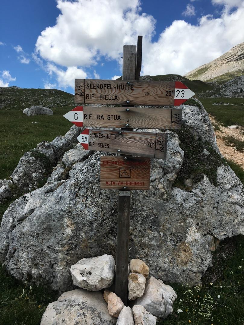Dolomites sign